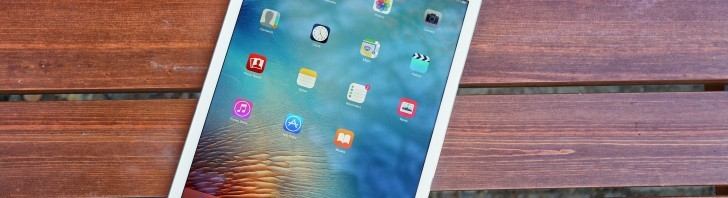 Apple's iPad sales expected to drop to a record low in Q1 2016