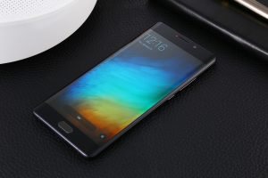 Xiaomi mi note 3 might be uncovered as early as this month
