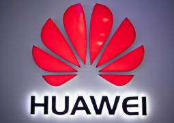 Huawei wants Verizon to pay $1 billion for compensation