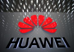 Russia welcomes Huawei as main 5G network